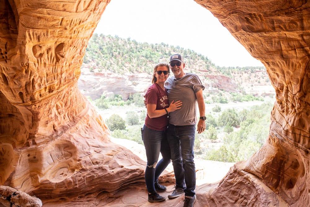 husband and wife visiting Moqui Caverns