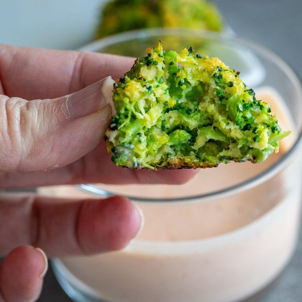 Healthy Broccoli Cheese Bites