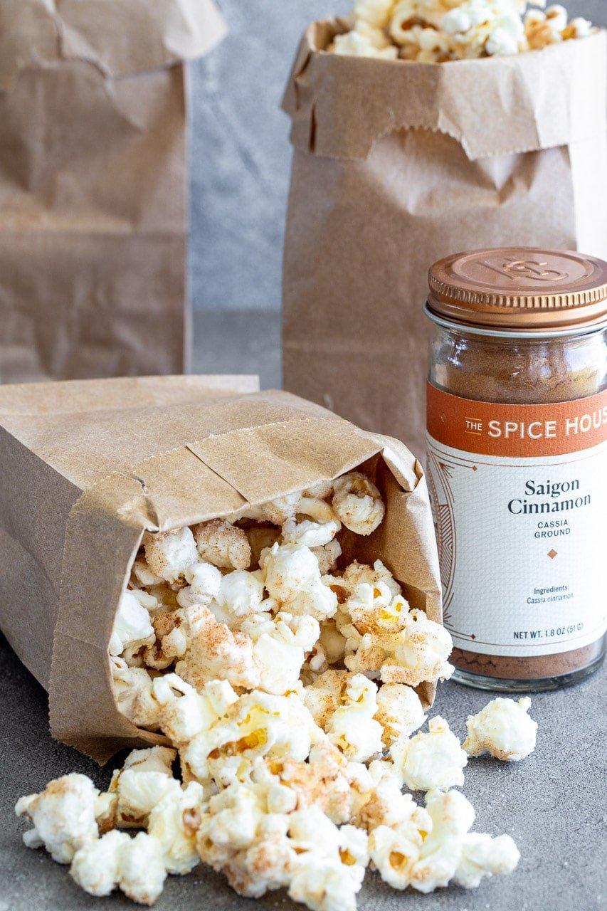 Easy Snickerdoodle Popcorn
